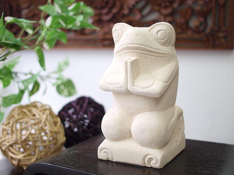 バリ島で見かけるカエルの石像の意味は?縁起物なの? | バリ ...